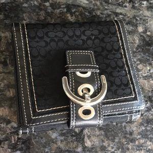 Black Coach Buckle Wallet